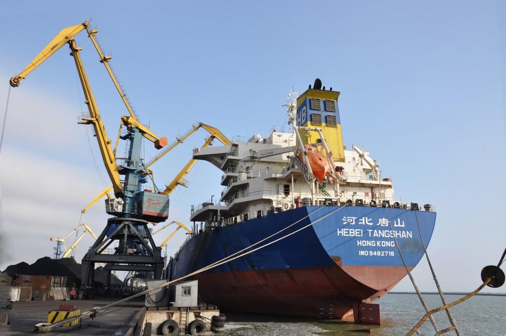 ЭНЕРГЕТИКА_Украина_доставит_морем_из_ЮАР_160_тыс_тонн_угля