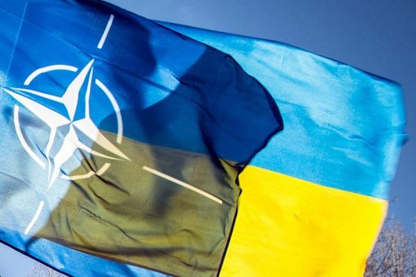 nato-ukraina2-900x595