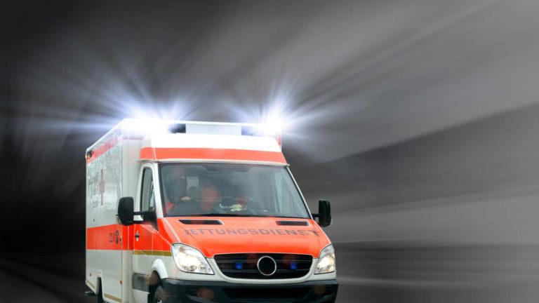 2056975860-blaulicht-krankenwagen-1Gef