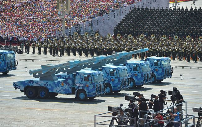 1167px_the_military_parade_in_honor_of_the_70_th_anniversary_of_the_end_of_the_second_world_war_09_650x410